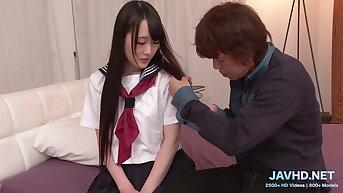 Japanese Schoolgirls in Short Skirts Vol 86
