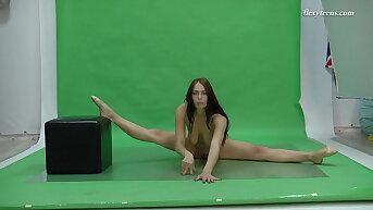 Busty brunette, flexible babe Nicole Smith