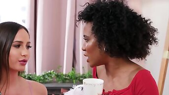 Shortly Girls Play - Demi Sutra, Desiree Dulce