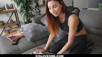 SisLovesMe - Hot Sister (Jade Jantzen) Shows off Magic Tricks At hand Will not hear of Ass