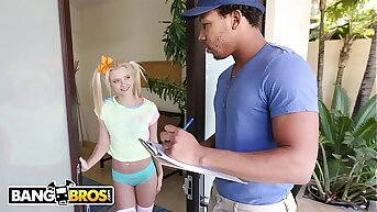 BANGBROS - Disregard a close Blonde Riley Star All over Gets Disobedience In Half Apart from Ricky Johnson